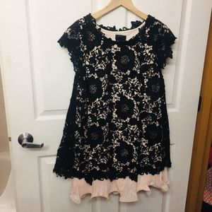 Aqua dress black over champagne pink size 8